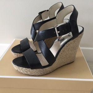 MICHAEL KORS Giovanna Platform Wedge Sandals sz 9